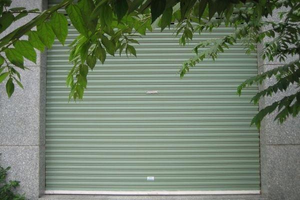 Lắp đặt sửa chữa lưu điện cửa cuốn tại Bình Dương